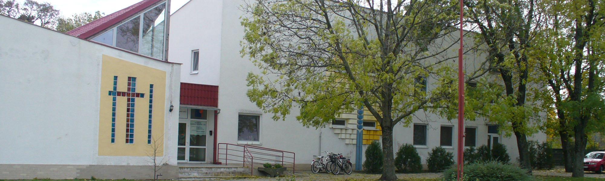 Domov sociálnych služieb pre dospelých Lehnice  - Hlavná budova